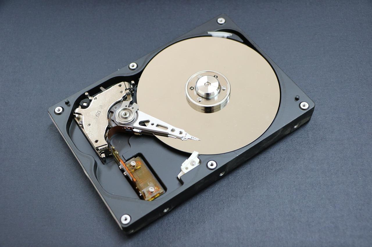 ハードディスクドライブの増設 HDD