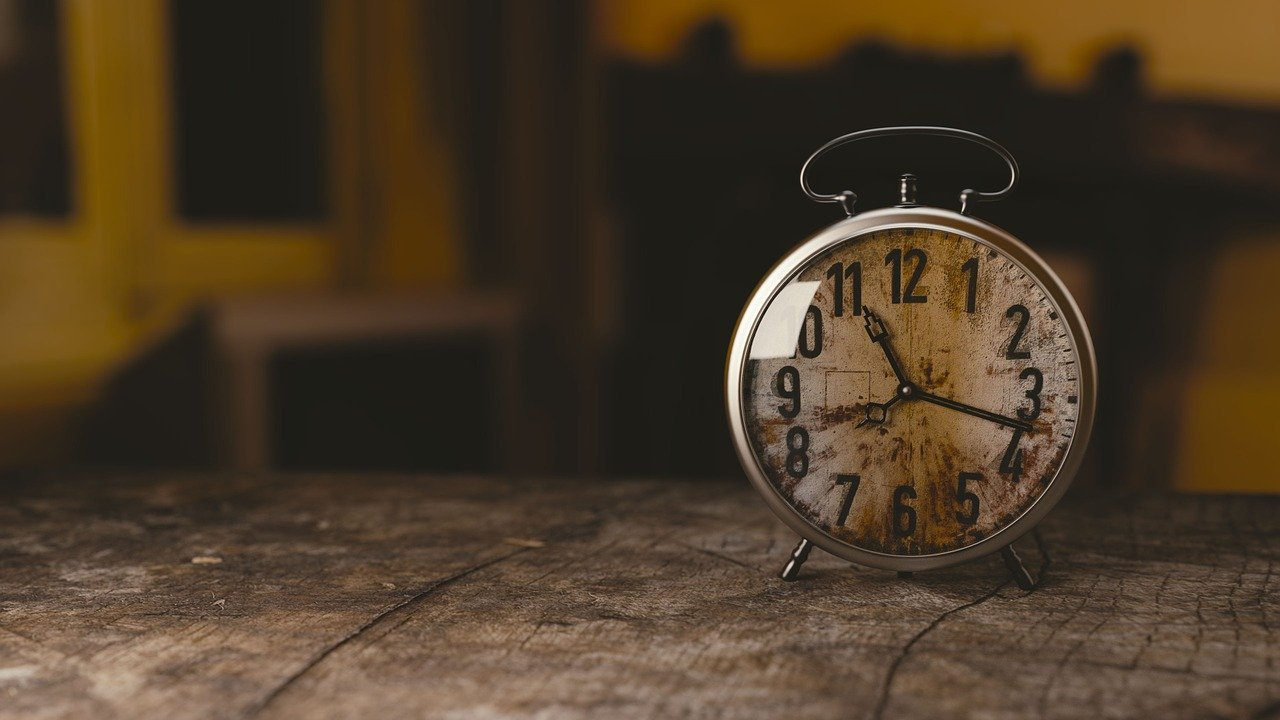 Windows10 日付と時刻の調整 古時計
